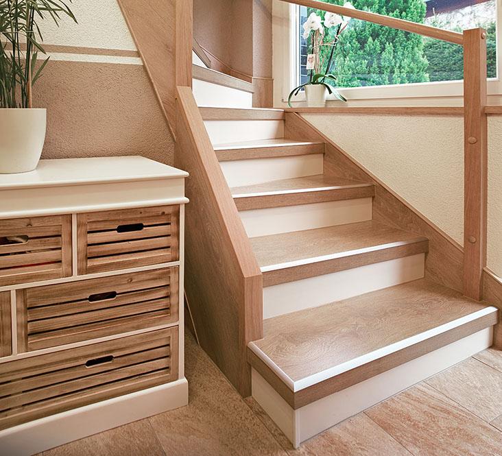 steintreppe renovieren ich die steintreppe aufhbschen sie fhrt ins souterrain welches zum. Black Bedroom Furniture Sets. Home Design Ideas